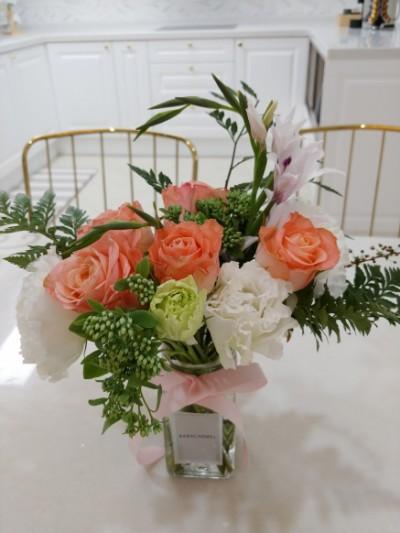 나를 위한 선물. 꽃 정기구독 - 바바카멜