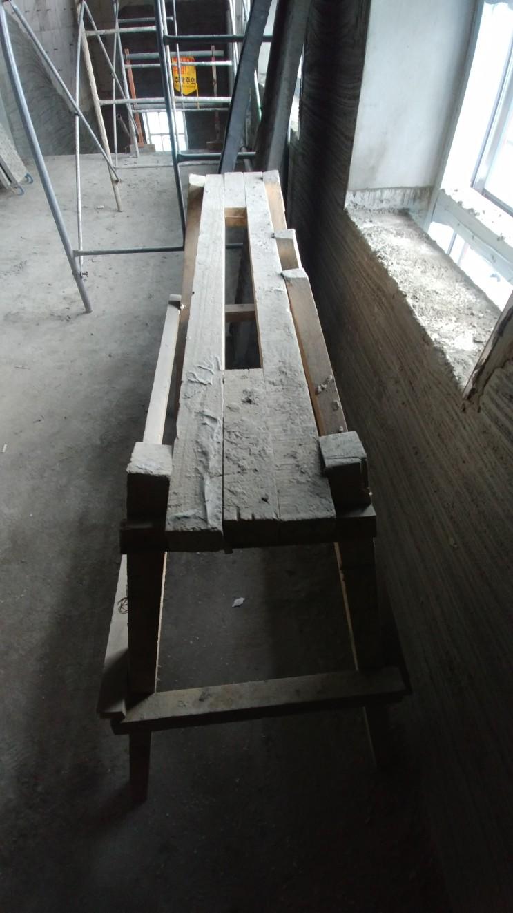 건축 현장 발 받침대 작업 발판 나무 우마 목재 우마