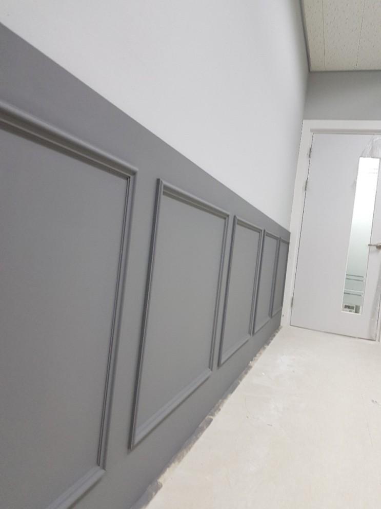 [브리스틀] 송파 28평 사무실 재도장 & 웨인스코팅 인테리어 페인트 투톤?ㄴㄴ 쓰리톤ㅇㅇ