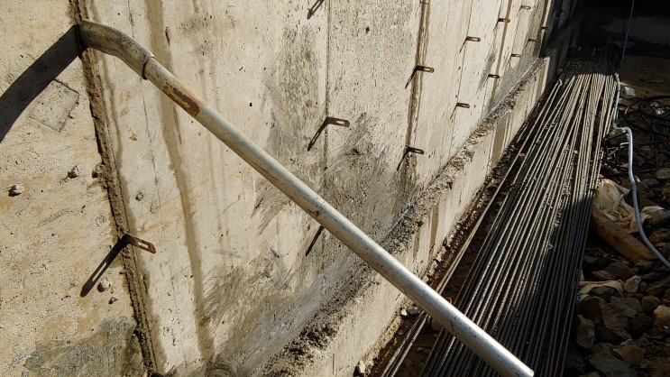 철근콘크리트 구조 지하실  철콘조 지하주차장 방수에 대해