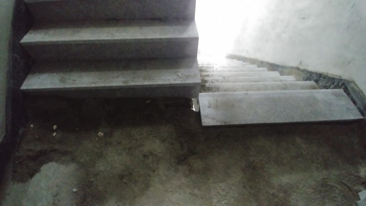 공용 계단실 석공사 계단 시공 디테일 석재 대리석 공사 과정 및 마감