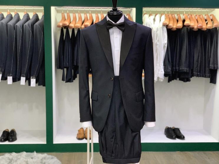 [청주맞춤정장 / 청주맞춤예복] 잘 맞는 정장이 단 한벌도 없다면 단연 Dark navy solid suit