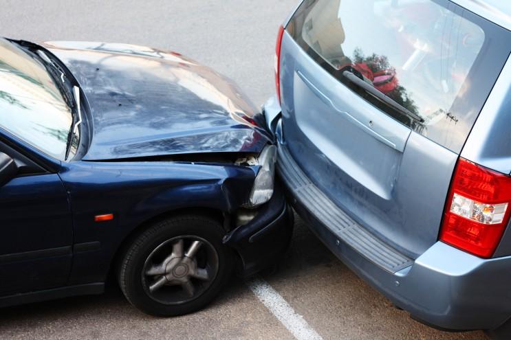 주차된 차를 치고 달아나는 '주차 뺑소니' 도주시 신고 방법과 처벌 / 벌금 대처방법