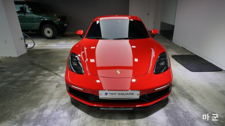 마군 포르쉐 718 카이맨 GTS 엑스펠 70% 썬팅 시공