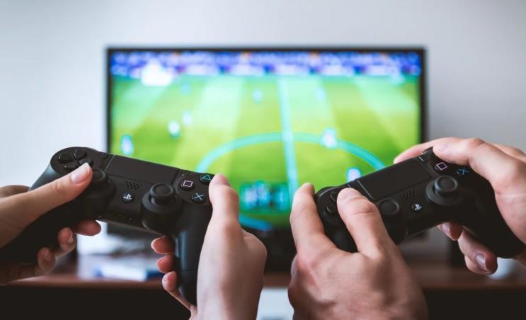 게임엔진을 쉽게 배울 수 있는 방법! 온라인게임아카데미!