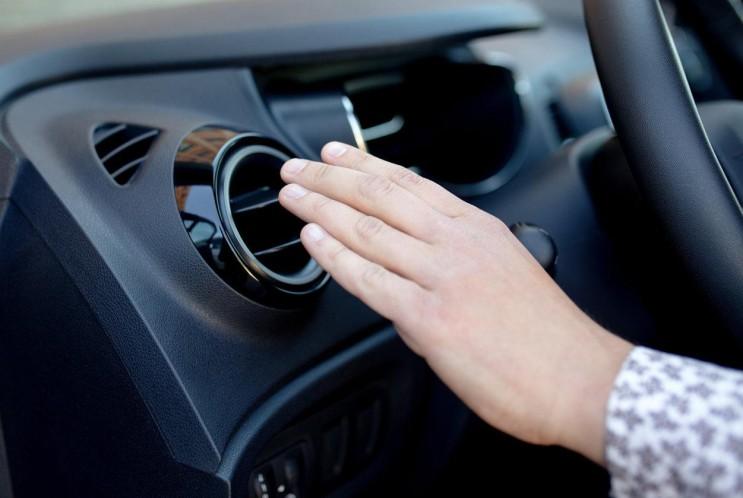 [셀프정비 나도 정비사] 자동차 에어컨에서 찬바람이 안나오는 이유, 시원한 바람이 나오지 않는 증상과 원인 by 오토멘토