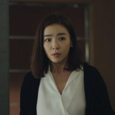 부부의세계 6회:  김희애/박선영 가디건