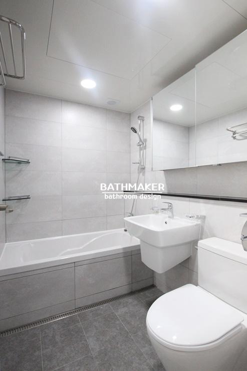전면젠다이가 있는 욕실, 남양주 휴먼시아 아파트 욕실인테리어 , 차분한 느낌의 욕실