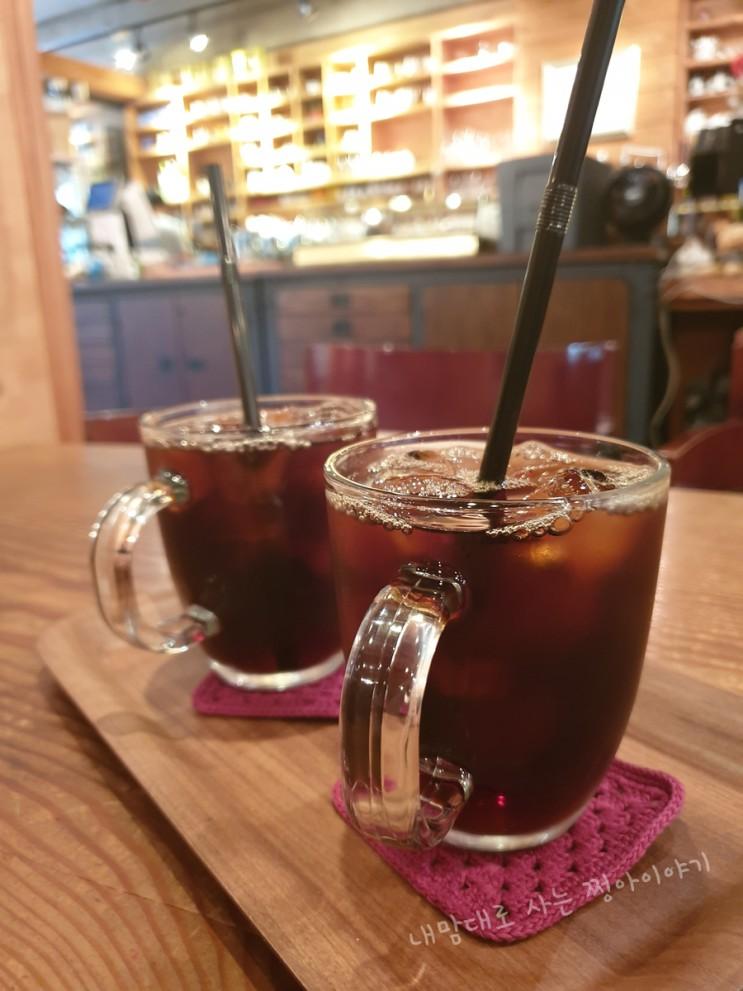 전주카페 덕진공원 구경하고 쉬기 좋은 곳 오늘의 커피 굿 커피가 맛있는 집