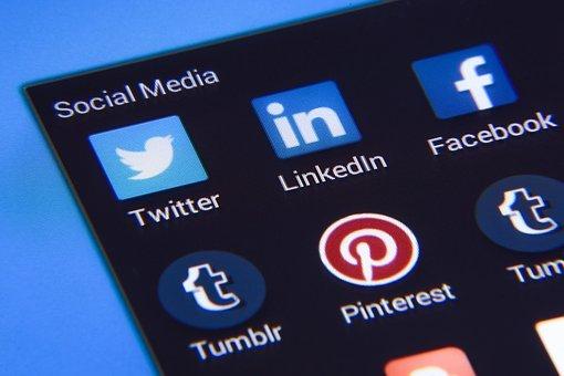 애플 앱스토어 중국 어플 대거 삭제, 미국 내 틱톡 사용금지 예고