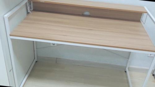저렴하게 산 책상 소프시스 가드 책상 1260 강추해요!!