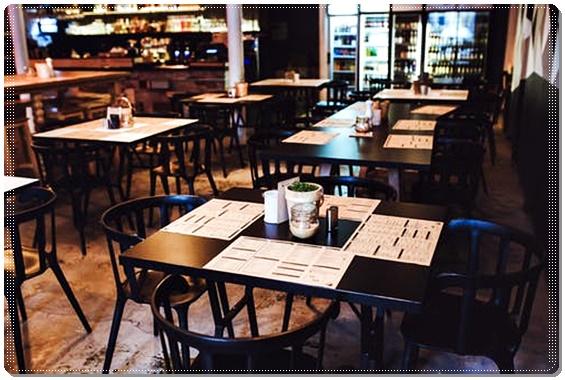 꿈에서 식당을 이용하는 식당꿈 해석