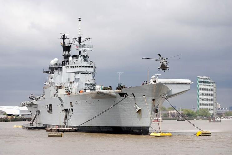 대형 중장비, 건설 및 항공모함 같은 중량 운송수단에 쓰이는 튼튼한 코팅, heavy duty coating- (주) 삼양화인