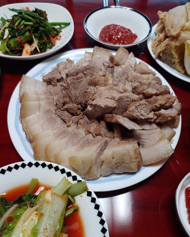 온 국민이 좋아하는 돼지수육(보쌈) 황금 레시피!!
