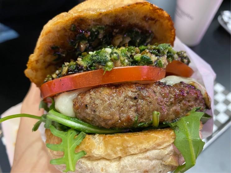 내돈내먹 가로수길에 새로 생긴 햄버거 맛집 패티앤베지스
