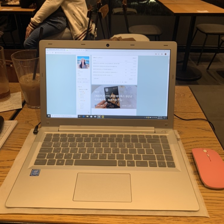 [별내카페]노트북 하기 좋은 별내 투썸플레이스:음료메뉴 케잌메뉴