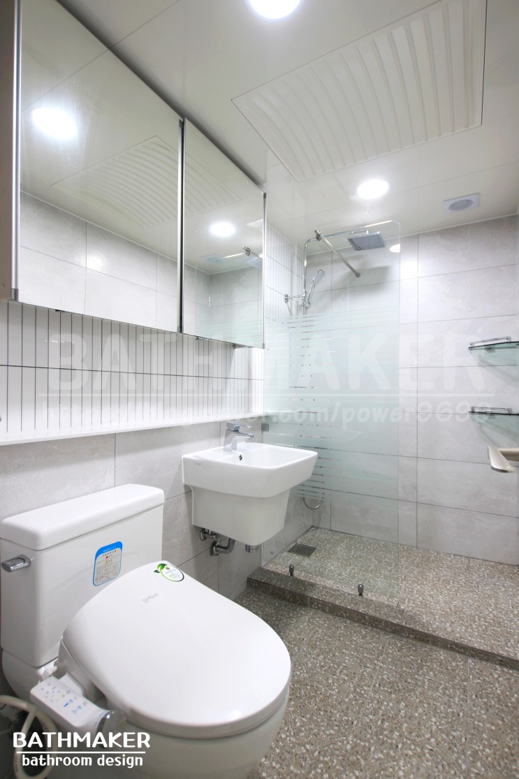 욕실리모델링) 샤워기자리 조적과 세로타일포인트시공이 들어간 동화아파트