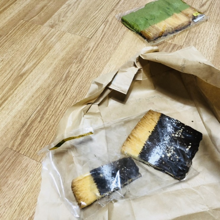 폴바셋 빨미까레 초코 녹차맛 vs 아우어베이커리 비교 내돈후기