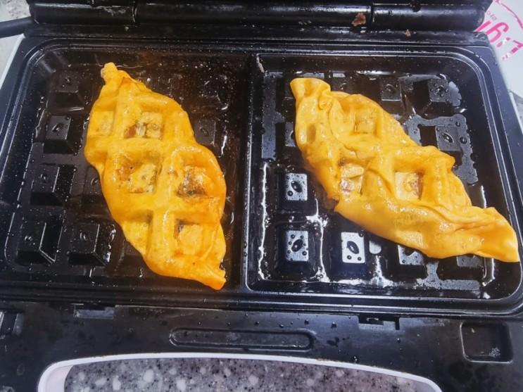 한만두 짬뽕만두 아쉬웠던 솔직후기 만두 와플기계에 눌러먹기