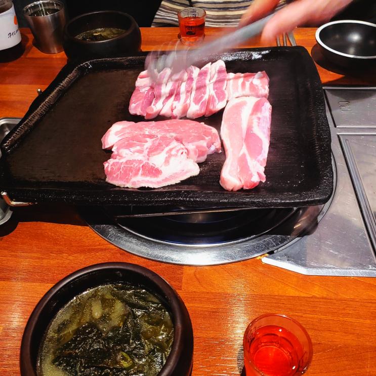 [부천 / 중동] 삼다원, 제주도 감성의 부천시청역 돼지고기 맛집