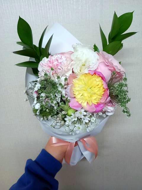 모바일꽃배달 스토어32일로 제이플라워에서 다알리아 꽃다발 픽업해왔어요