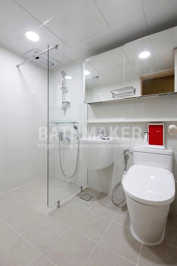 고양시 덕양구 UBR 욕실 인테리어 - 고양삼성아파트. 타일유가,힘펠환풍기설치
