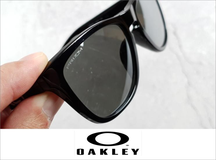 오클리 프로그스킨과 프리즘렌즈는 꿀조합!