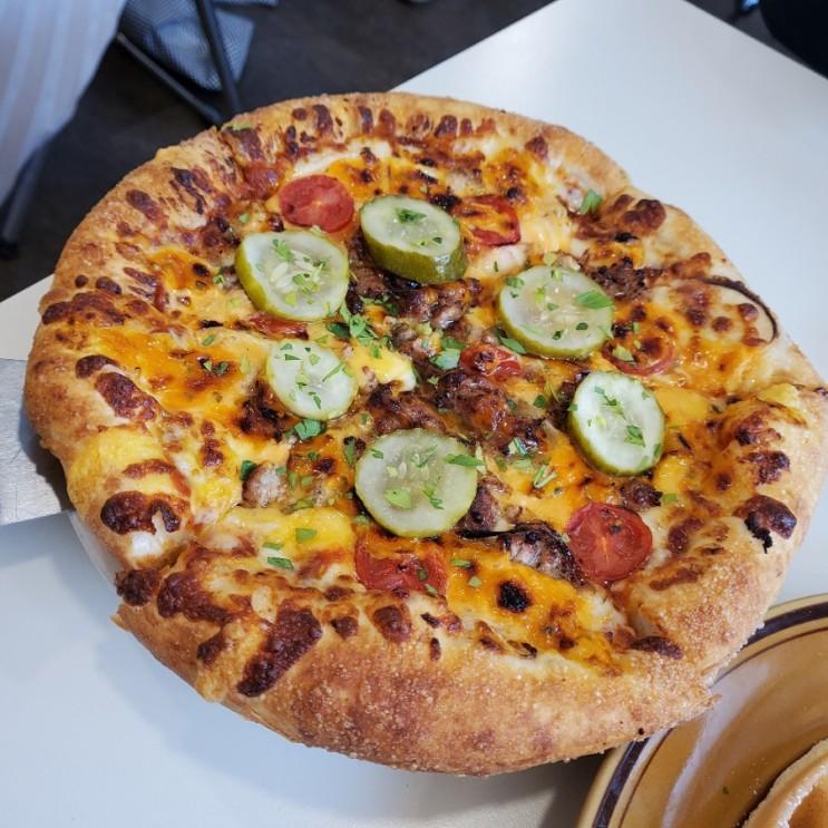 [청주]이것이 우리가 찾던 피자였다!! 미쿡갬성 테디헤이데이