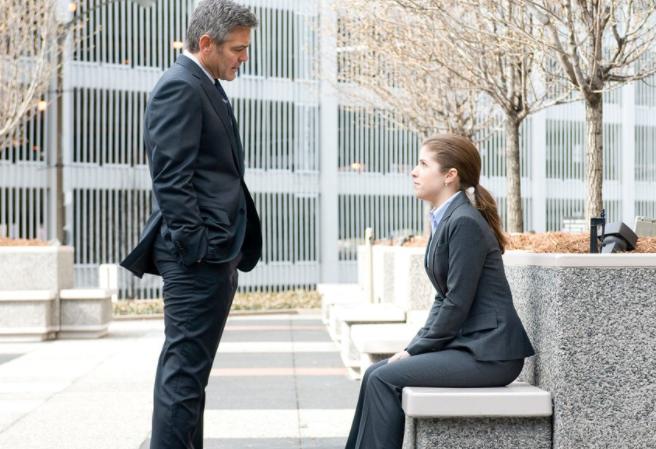 넷플릭스 영화 추천, 인생의 동기부여를 받고 싶다면, 조지 클루니 의 <인 디 에어>  (ft.플래티넘 마일리지)