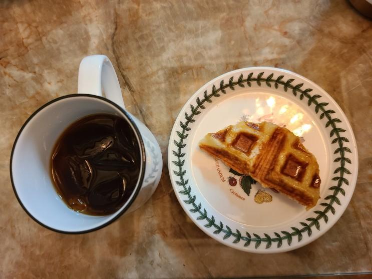 컴포즈 커피 크로와플