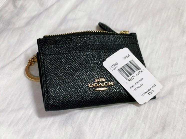 코치 카드/동전 지갑(F88250) 블랙 색상 리뷰