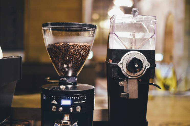 다양한 커피 그라인더 종류와 특징이 있다?!