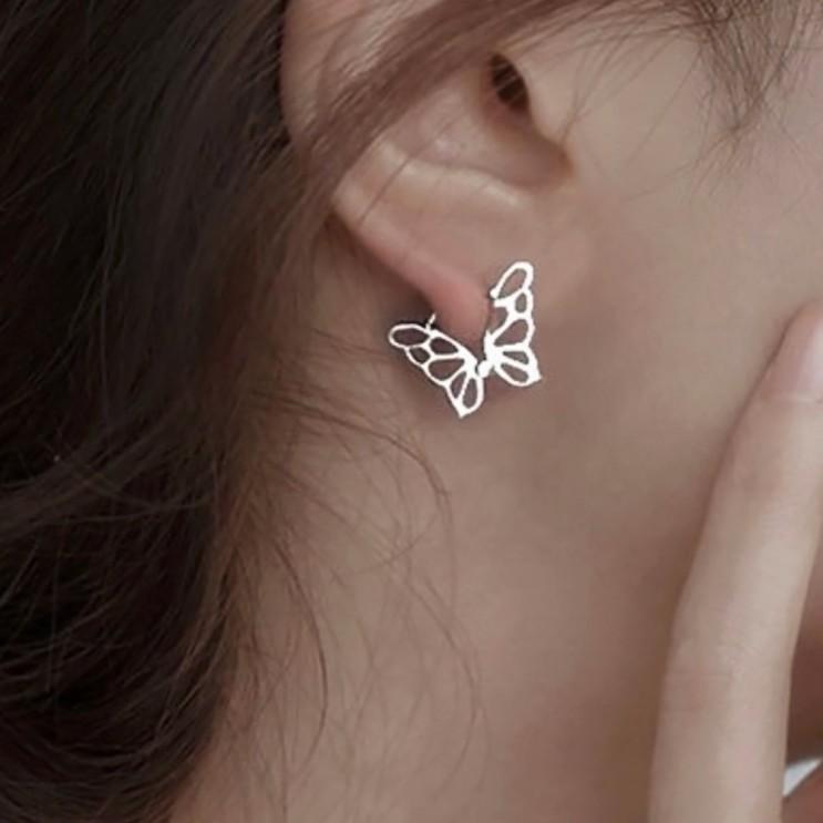 당신만 모르는 [당일발송] 원터치 나비 귀걸이 ( 실버925 ) ···