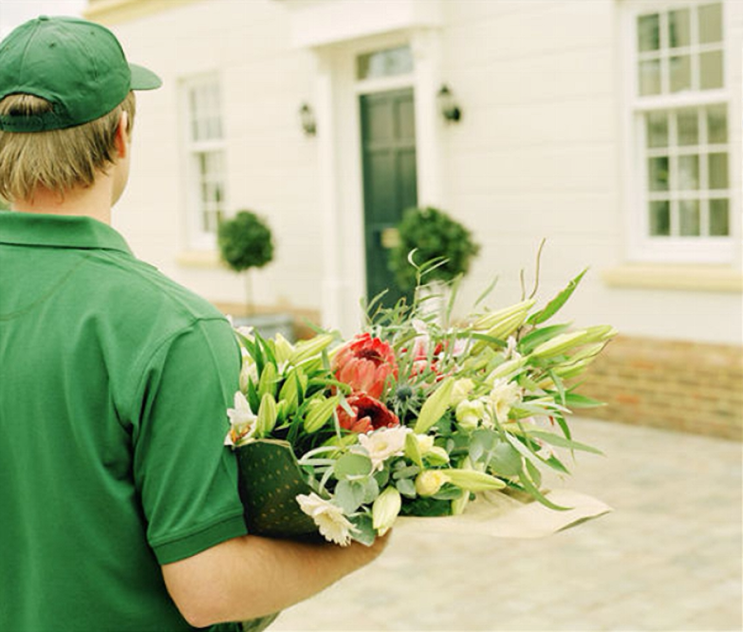 [ ISSUE LIFESTYLE ] 꽃 선물하기 좋은 가정의 달, 온라인 꽃 배달 서비스 추천 Best 5