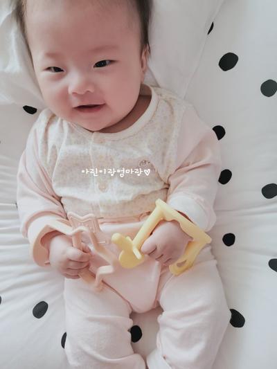 102일차-손빨기, 모윰치발기, 3개월아기 촉감놀이 뭐로 하나요?