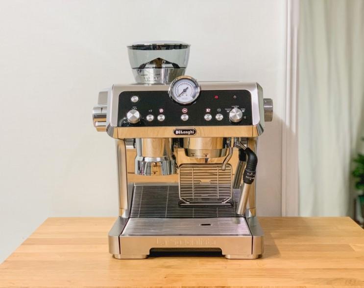 드롱기 커피머신 끝판왕 라스페셜리스타 EC 9335.M 개봉기 및 사용기
