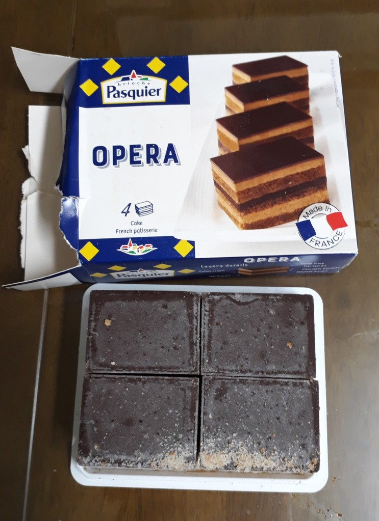 마켓컬리 파스키에 오페라 케이크 저렴한 냉동 디저트로 추천!