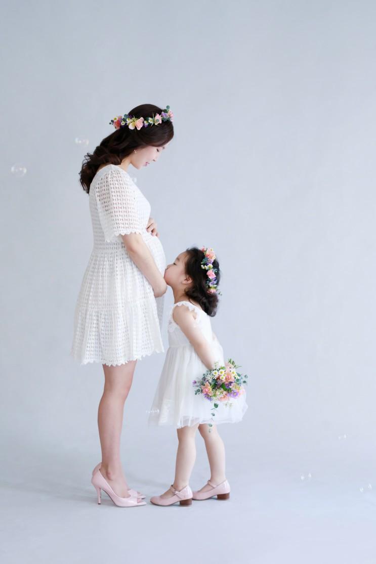 엄마딸커플룩, 모녀커플룩 준비된 만삭스튜디오 하늘정원에서 모녀사진 보고가세요^^