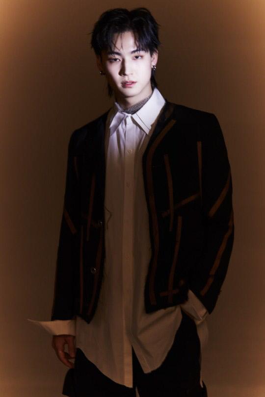 """갓세븐 출신 가수 제이비, 외설적인 사진에 대해 언급...""""패션사진작가의 작품"""" (전문)"""