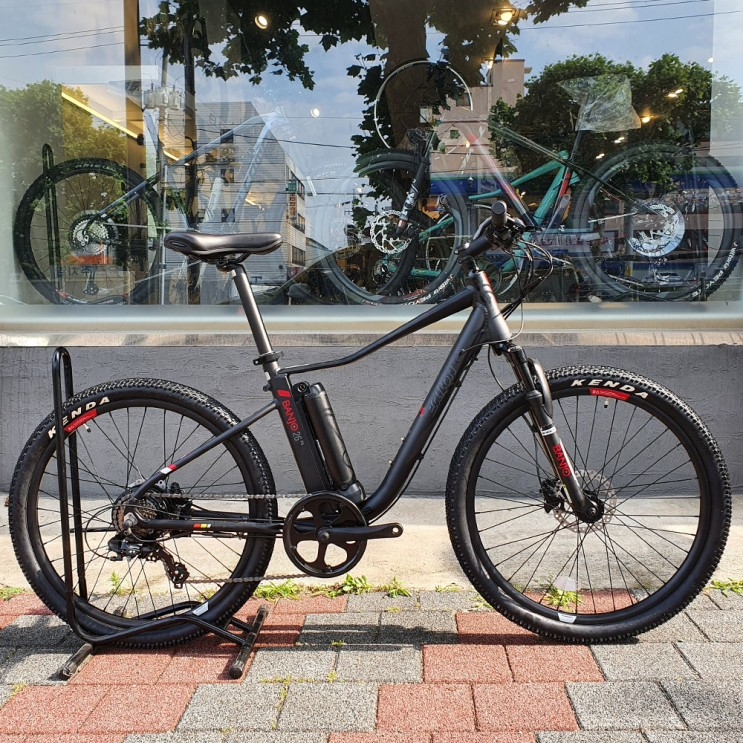 2021년 알톤 벤조 26 FS 7단 파스 스로틀 시마노 투어니 아세라 입문용 출퇴근 가성비 전기 자전거 추천
