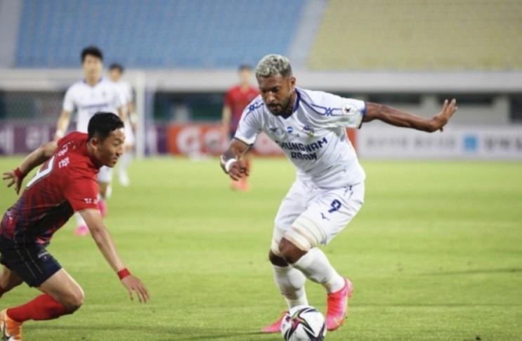 K리그2 프로축구 4일 경기 부천FC vs 부산아이파크 FC안양 vs 충남아산