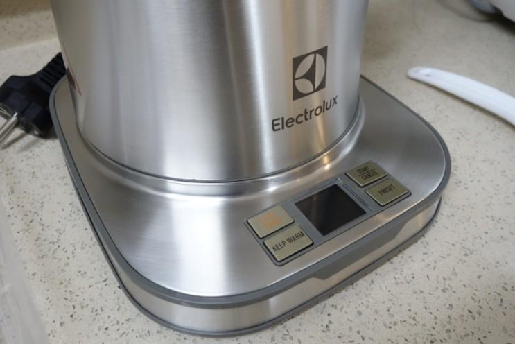 신혼가전 일렉트로룩스 포트기(EEK-7804S), 분유포트기로 유명