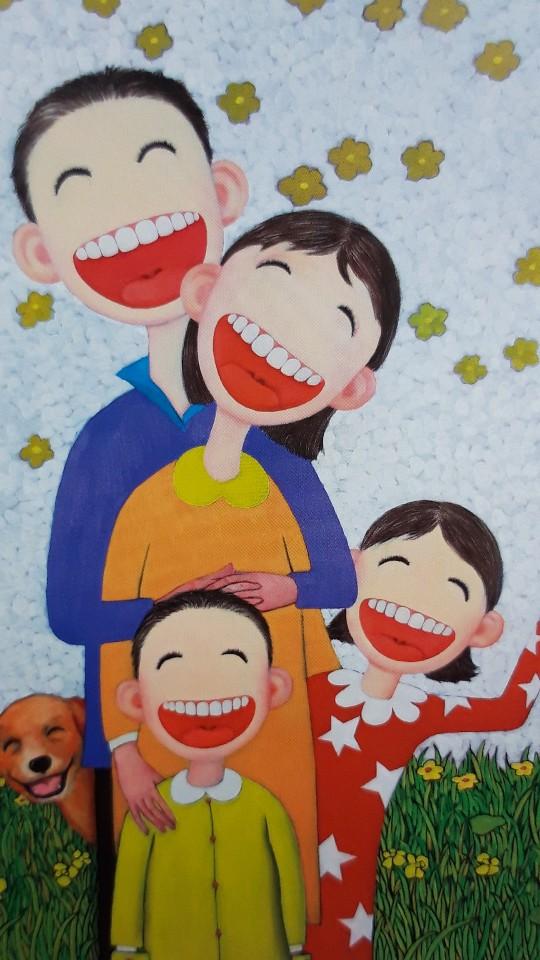 활짝웃는 가족들