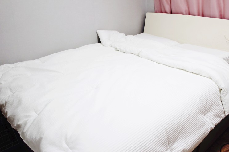 침대 매트리스 수명 늘리는 관리 방법과 청소 미니멀라이프 살림팁
