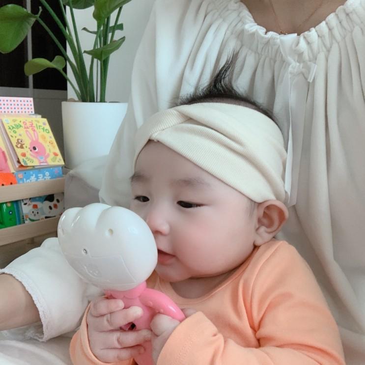 [육아일기] 생후 4개월 131-140일 아기 발달사항, 구내염, 물약 먹이기, 손가락 쥐기, 발가락  탐색, 이앓이
