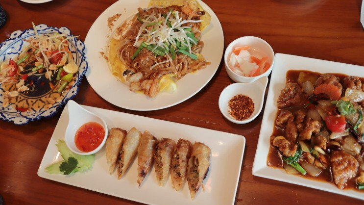 [애오개역맛집] 만족스러웠던 태국식당 팟타이로얄