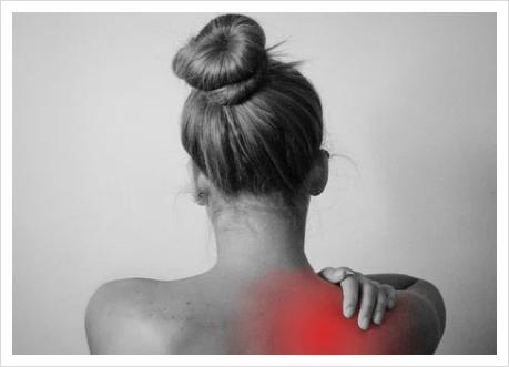 홈트 후 어깨통증이 생긴다면 방치하지마세요~