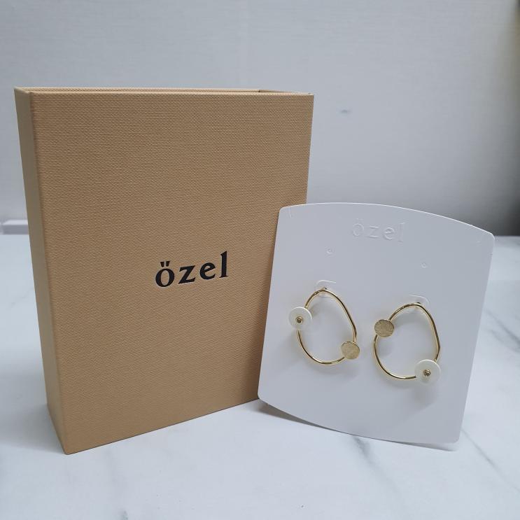특별하다 :: 오젤 OZEL 심플하고 예쁜 데일리용 귀걸이