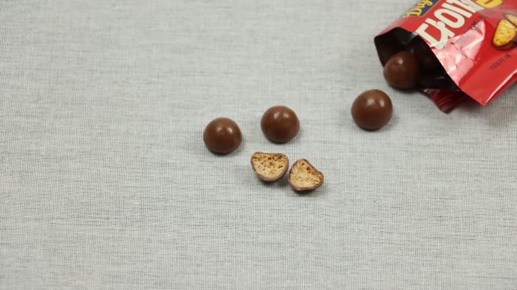 다이제볼 초콜릿 안에 바삭한 통밀 쿠기가 쏙!