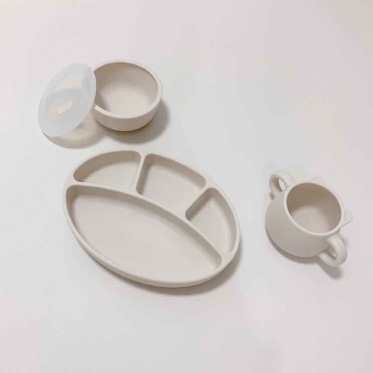 [이유식준비물] 블루마마 이유식용기, 플래티넘 실리콘으로 안전하게! 흡착식판 / 흡착볼 / 곰돌이 양손컵